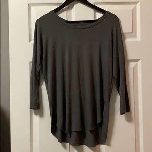 Aritzia Babaton 3/4 Sleeve Shirt